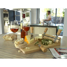 Cheeseboard with accessories